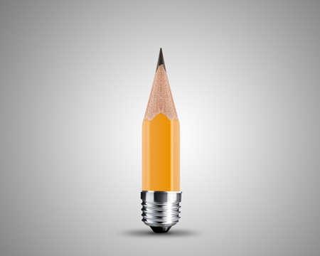 conceptuele potlood beeld, geslepen gele potlood op een witte achtergrond.
