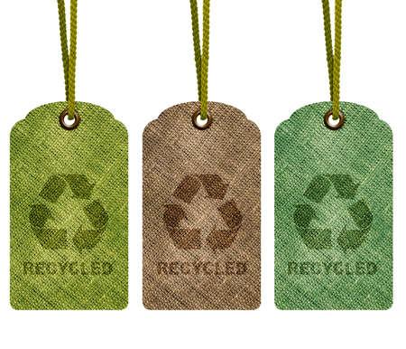 reciclaje de papel: Eco de reciclaje etiqueta aislado en fondo blanco con el camino. Foto de archivo
