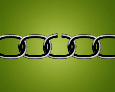 la union hace la fuerza: Broken las partes metálicas de la cadena en fondo verde.