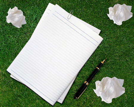 Blank white paper with pen and crumpled paper. Stock Photo - 15551304