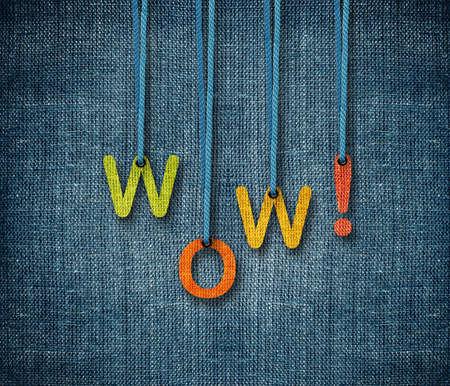 wow: Wow palabra hunging por la cuerda como titiritero en fondo de saco.