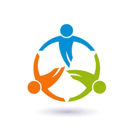 comunidad: Trabajo en equipo en una ronda. Grupo de 3 personas
