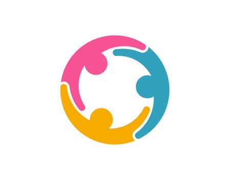 Gruppenchat mit drei Personen und Online-Zusammenarbeit bei der Arbeit