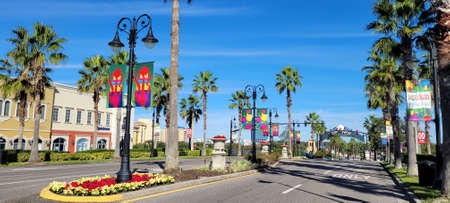 Altamonte Uptown Main Street Entrance with Christmas Decoration in Cranes Roost Park. Photo image Editöryel