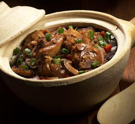 Claypot chicken rice,claypot rice,