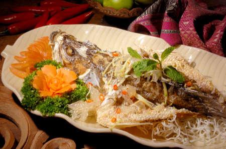fried tomyam fish,tomyam,