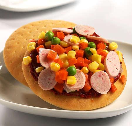 mini pizza,mini hotdog pizza,