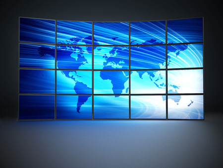 Schermen met een blauwe kaart van de wereld vormen videowall Stockfoto