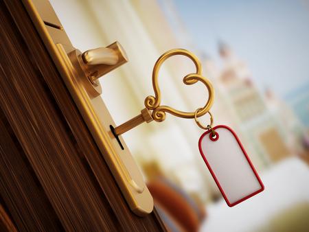ハート形のドアをホテルの部屋の鍵 写真素材