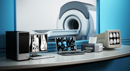 Magnetisch Resonantie Imaging MRI apparaat en computersystemen. Stockfoto