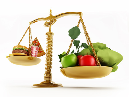 Healthy food and junk food in scales of a balanced scale. 3D illustration. Banco de Imagens