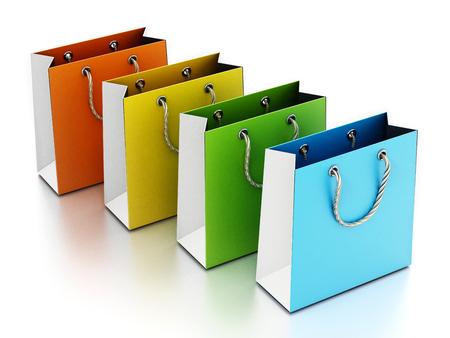 Bunte Einkaufstasche isoliert auf weißem Hintergrund. 3D-Darstellung. Standard-Bild
