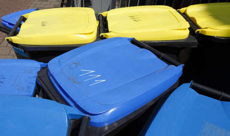 tons: Yellow and Blue tons, recycling bins, Bremen, Germany Stock Photo