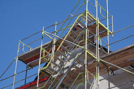 pus: Building Site with roof on a new building Archivio Fotografico