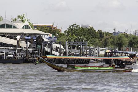 phraya: Chao Phraya Boat and Chao Phraya river Editorial