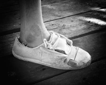 old shoes: People of old shoes