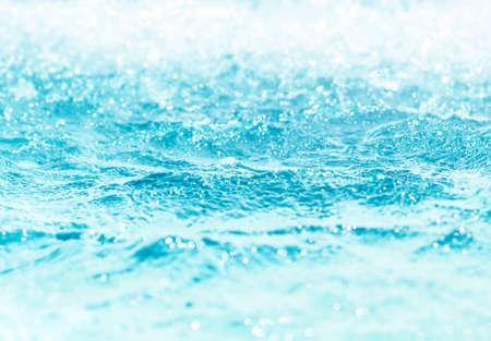 Blurred water, glittering bokeh Zdjęcie Seryjne - 120361661