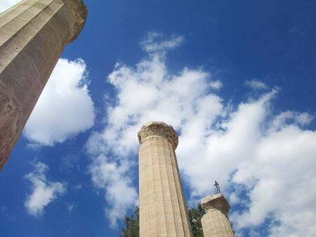 greek columns: Ancient Greek Columns