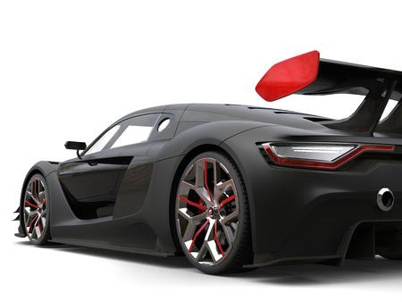 바퀴와 후부의 날개에 관한 빨간 세부와 더불어 화려한 무광택 검은 최고 차