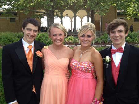 prom: High school prom