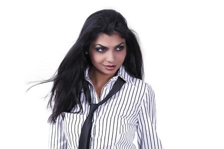 mujer con corbata: Sexy chica �tnica retrato de la moda urbana