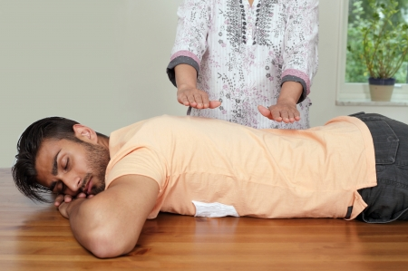 universal healer: Reiki session with focus on therapists hands