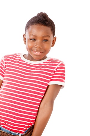 niños latinos: Chico lindo andar con una sonrisa Foto de archivo