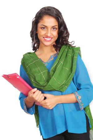 arquivos: Estudante bonito indiana com arquivo em roupas tradicionais Banco de Imagens