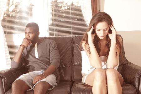 pareja enojada: Problemas de estrés Pareja y de relación