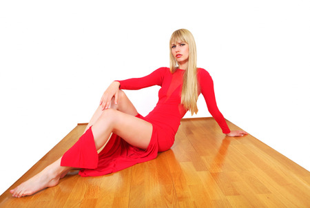 shiny floor: Pretty model shows floor in polished wood