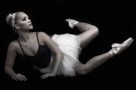 hairclip: Ballerina on intricate floor pose