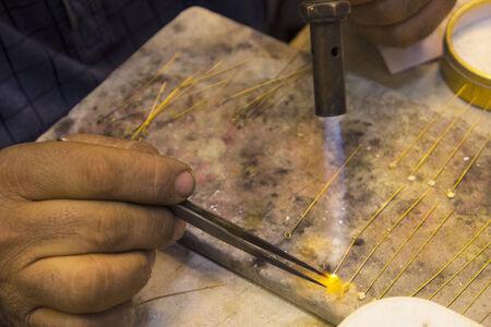 blowtorch: Iraqi gold processing with blowtorch