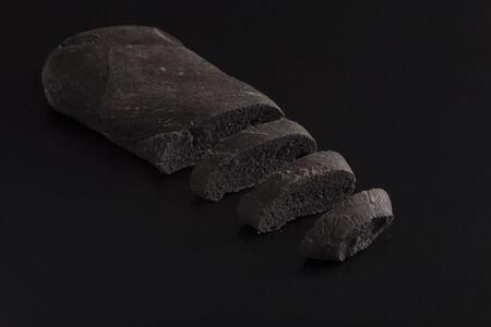 vegetal: Black bread with vegetal carbon