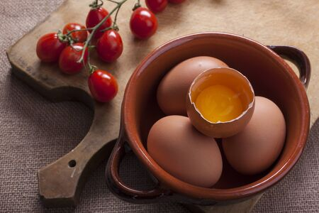 ailment: Composition of many eggs in the kitchen