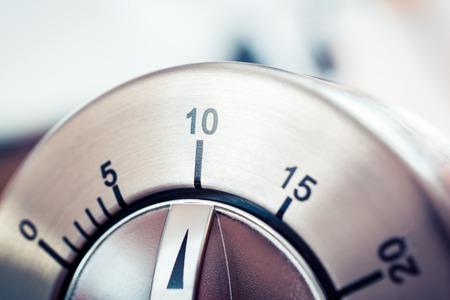 10 Minutes - Analog Chrome Kitchen Timer Banco de Imagens
