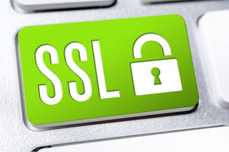Green SSL Button With A Lock On A Keyboard, Secure Internet Concept 免版税图像 - 140288901