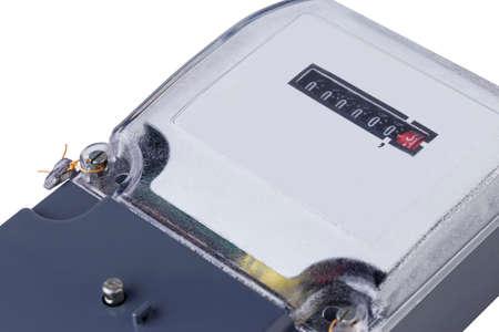 electric meter: el medidor de electricidad sobre un fondo blanco