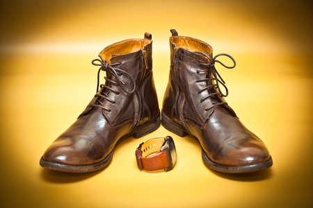 New fashion leather handmade shoes and watches