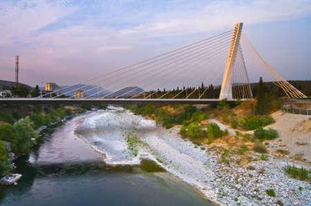 マラカス橋。ポドゴリツァ。