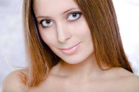 bondad: Muchacha confusa con la cara a Dios. Close-up retrato Foto de archivo