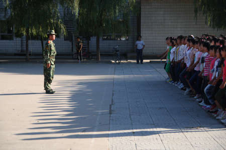 freshmen: Week of military training for freshmen in many secondary schools So is not only to train the students to the concept of collectivism, and exercise their physique Xingtai City, Hebei Province, China, September 4, 2012