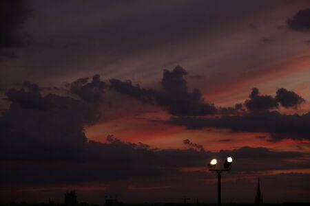 Himmel und der Spot-Licht Lizenzfreie Bilder