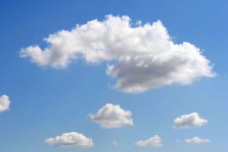 Dies ist eine Abbildung des sch�nen blauen Himmel mit wei� Wolken wie sch�n Hintergr�nde.
