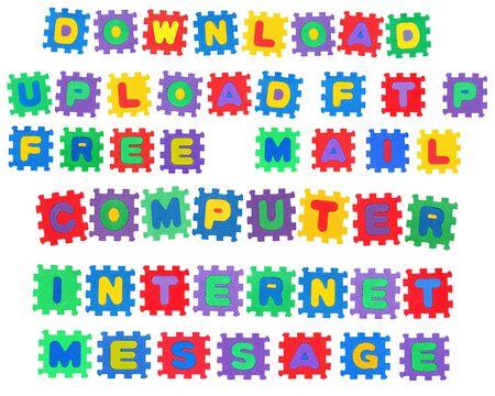 Nachrichten, W�rter, Download, Upload, ftp, e-Mail, Message, Internet, Computer und frei, von Brief-Puzzle, isolated on white Background Lizenzfreie Bilder
