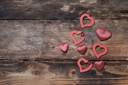 dearness: Red hearts on the wooden boards