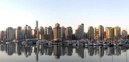 vancouver: Vancouver Skyline Panorama