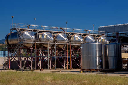 horizontal winemaking tanks. 免版税图像