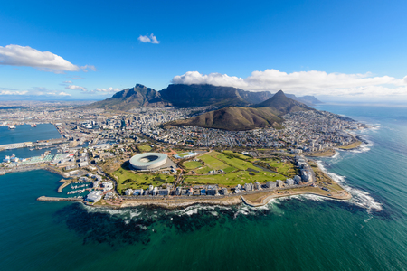 Aerial view of Cape Town, South Africa on a sunny afternoon. Photo taken from a helicopter during air tour of Cape Town Banco de Imagens