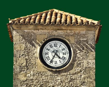 horloge ancienne: Horloge antique sur un b�timent