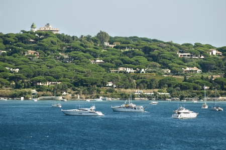 tropez: French Riviera views from St. Tropez. Yachts and sailboats